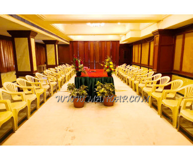 Find the availability of Hotel Aavanaa Inn (A/C)  in Vellore Institute Of Technology, Vellore and avail the special offers