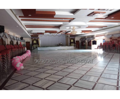 Find the availability of Sri Padmavathi Kalyana Mandapam (A/C)  in Tenali Bazar, Tenali and avail the special offers