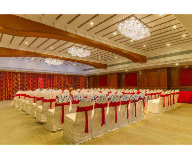 Explore Hotel Annamalai Prince Court Banquet Hall (A/C) in Saram, Pondicherry - 1