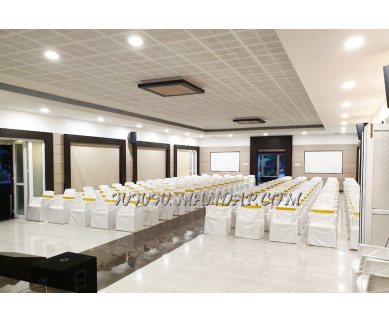 Find the availability of D Wayfarer Inn Hall (A/C)  in Erode Collectorate, Erode and avail the special offers