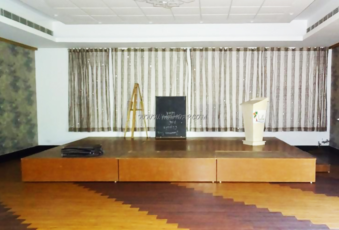 Find the availability of the Nalla Beh Resort Hall (A/C) in Pondicherry Bazaar, Pondicherry and avail special offers