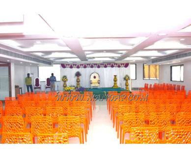 Find the availability of Hotel Surguru Thulasi Hall (A/C)  in Thengaithittu, Pondicherry and avail the special offers