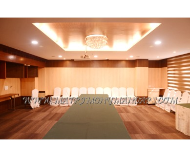 Find the availability of Hotel Inner Circle-3 (A/C)  in Somajiguda, Hyderabad and avail the special offers