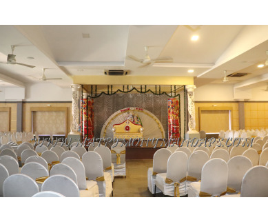 Find the availability of Sree Gokulam Vanamala (A/C)  in South Nada, Guruvayoor and avail the special offers