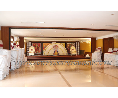 Find the availability of Vishnu Inn Vaikundam hall (A/C)  in East Nada, Guruvayoor and avail the special offers