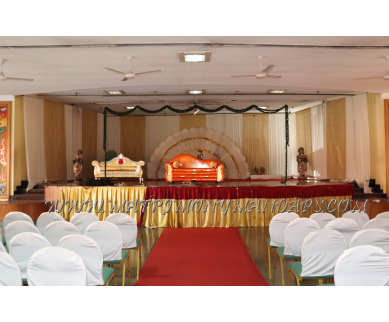 Find the availability of Rajavalsam Vaishnavi hall (A/C)  in West Nada, Guruvayoor and avail the special offers