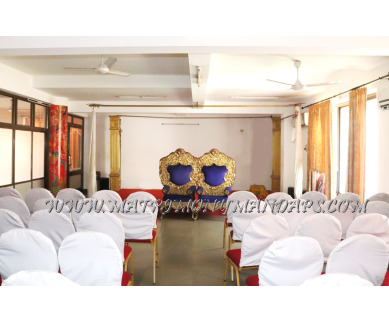 Find the availability of Rajavalsam Sreelakam hall (A/C)  in West Nada, Guruvayoor and avail the special offers