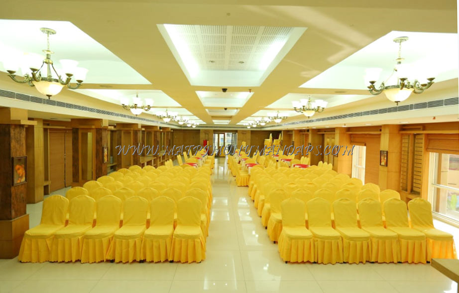 Find the availability of the Pattom Royal Hotel Royal Banquet Hall (A/C) in Pattom, Trivandrum and avail special offers