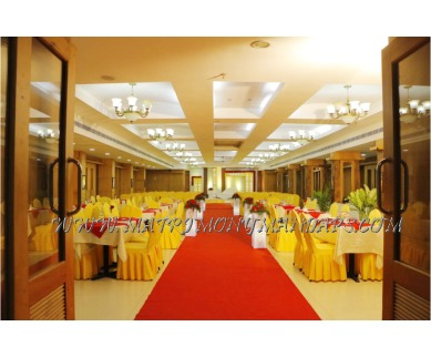 Explore Pattom Royal Hotel Royal banquet hall (A/C) in Pattom, Trivandrum - Entrance