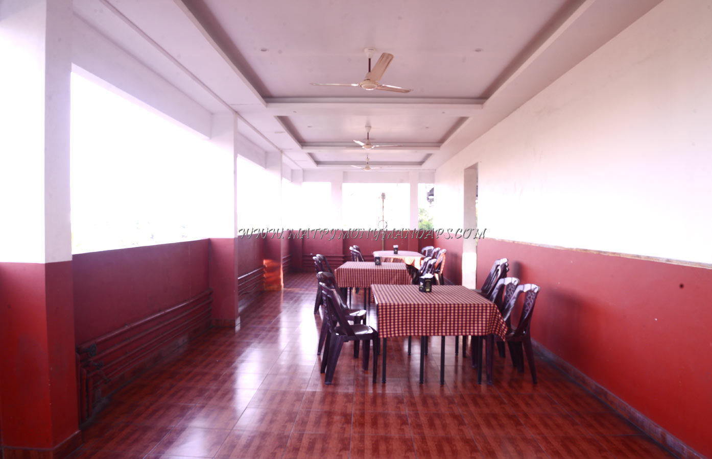 Find the availability of the Nandanam Park Nakshtatra Roof Top in Palayam, Trivandrum and avail special offers