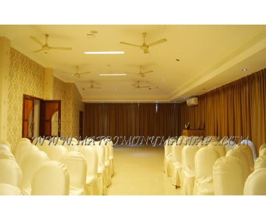 Find the availability of Hotel Prasanth Roof top (A/C)  in Palayam, Trivandrum and avail the special offers