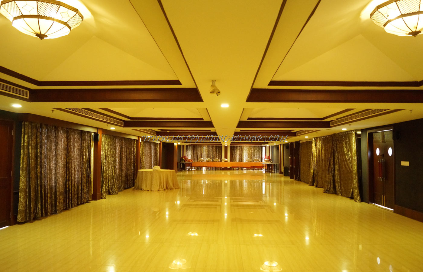 Find the availability of the Lake Pale Hotel T Shape Hall (A/C) in Kazhakuttam, Trivandrum and avail special offers
