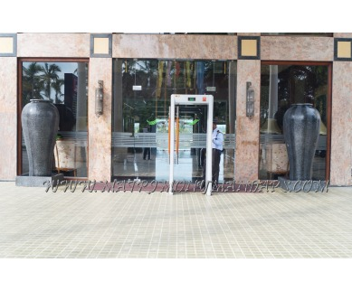 Explore Lake Pale Hotel Lake Side in Kazhakuttam, Trivandrum - Entrance