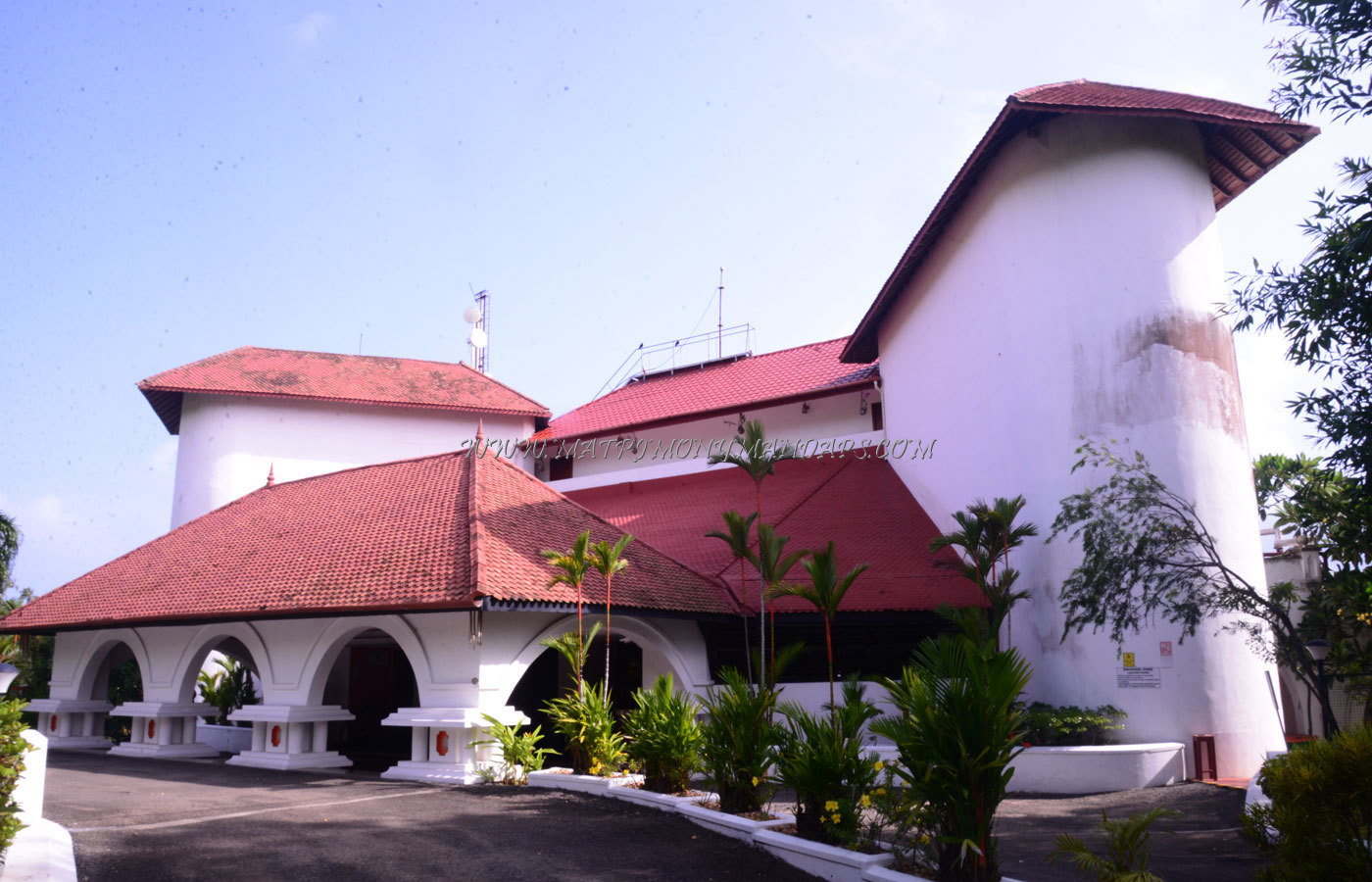 Find the availability of the The Gateway Hotel Open Spe 4 in Varkala, Trivandrum and avail special offers