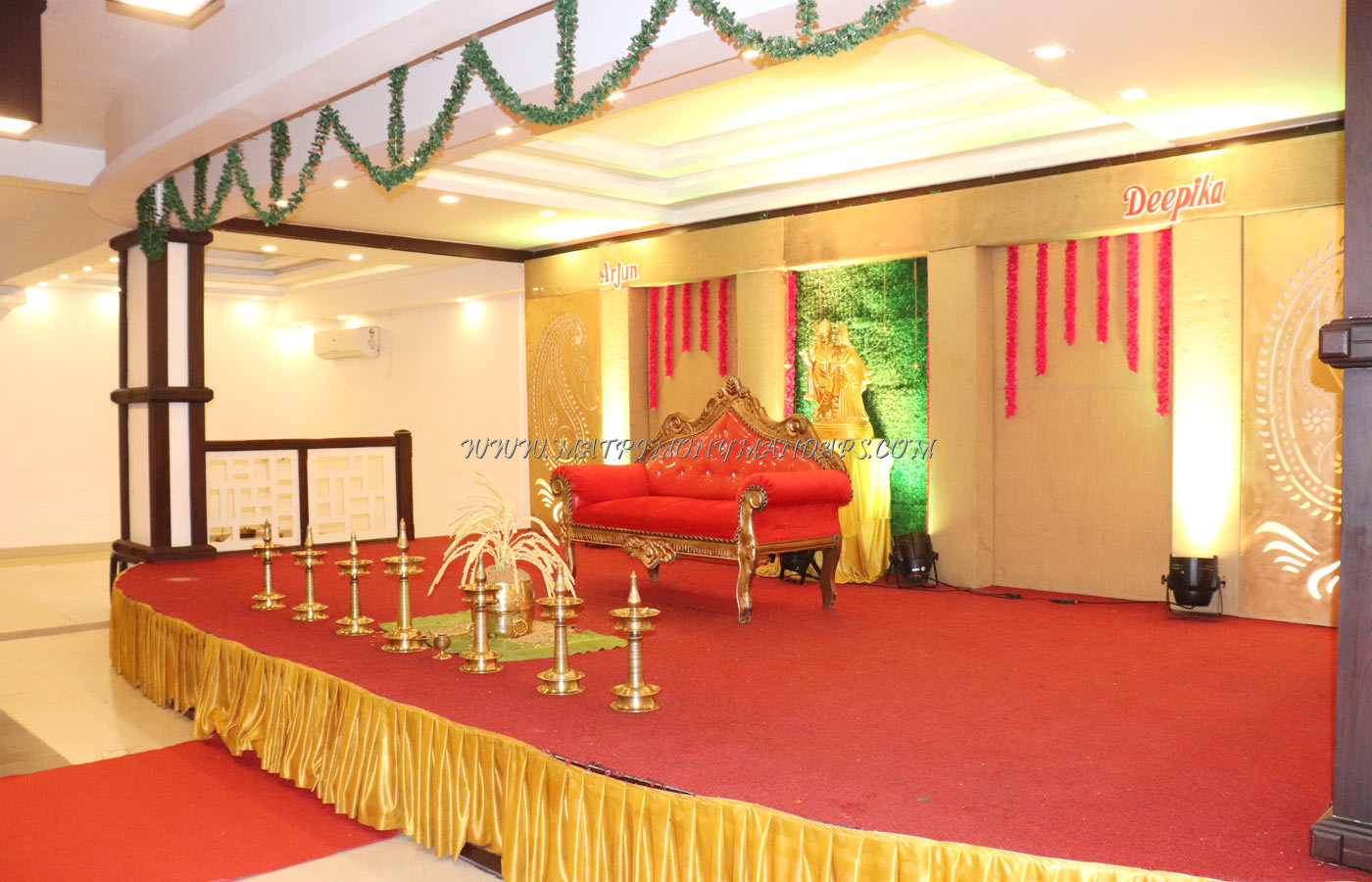 Find the availability of the Hotel Horizon International Guruvayoor (A/C) in South Nada, Guruvayoor and avail special offers