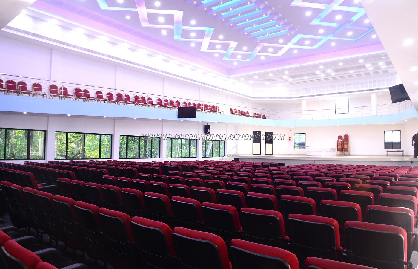Find the availability of the Emabi Durbar Hall (A/C) in Pulimoodu, Trivandrum and avail special offers