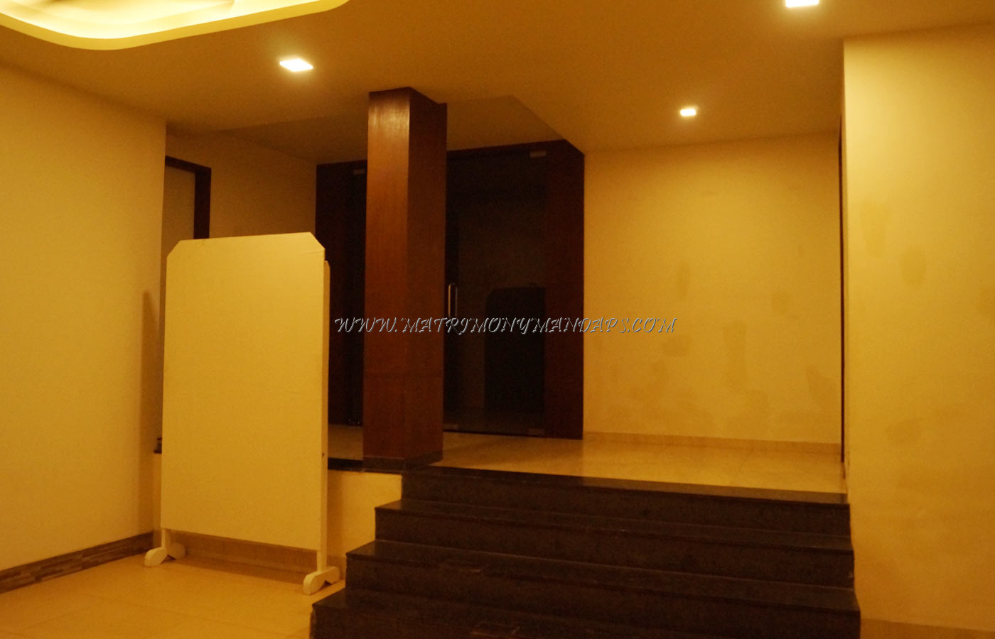 Find the availability of the Uday Samudra Leisure Beh Hotel - Bay (A/C) in Kovalam, Trivandrum and avail special offers