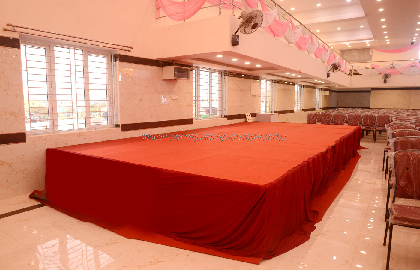 Find the availability of the Arularasan Pale (A/C) in Red Hills, Chennai and avail special offers