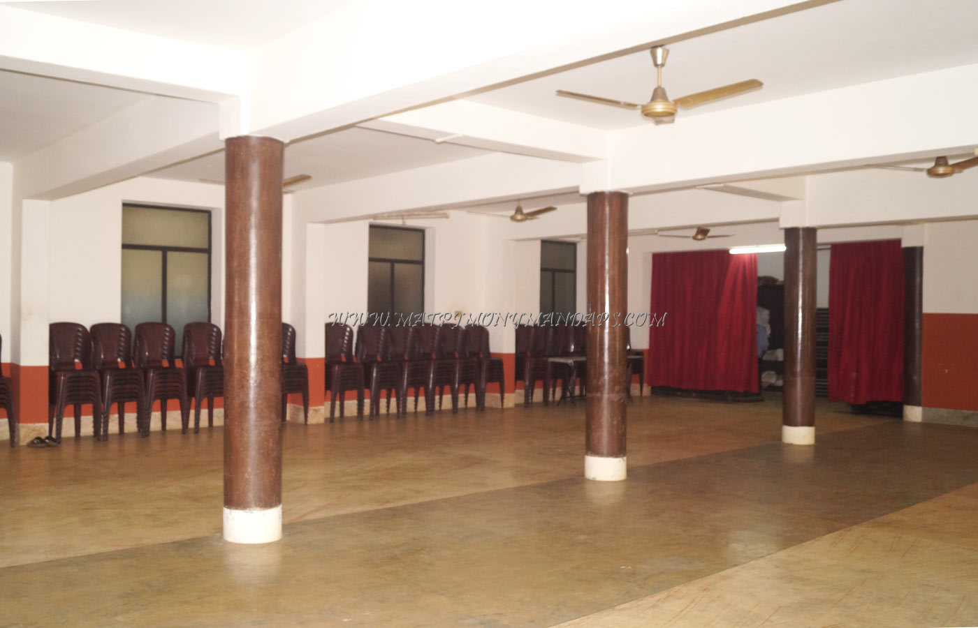 Find the availability of the Hariprasadam Regency (A/C) in North Nada, Guruvayoor and avail special offers