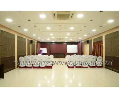 Find the availability of Moskva Hotel  305 Hall (A/C)  in Simmakkal, Madurai and avail the special offers