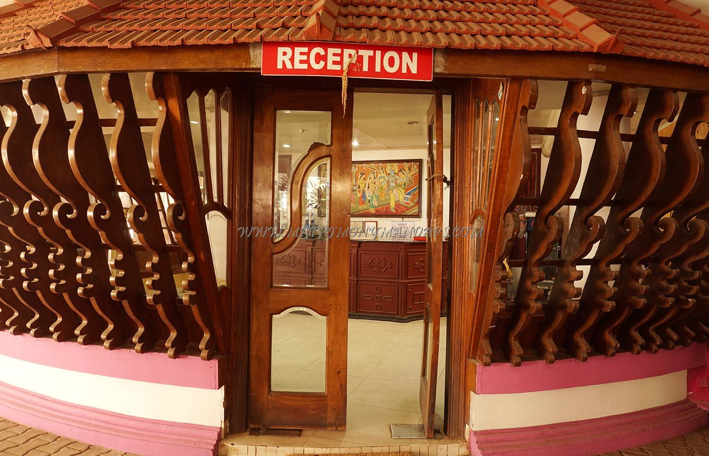 Find the availability of the Sagar Tourist Home And Parvathy Kalyana Mandapam (A/C) in East Nada, Guruvayoor and avail special offers