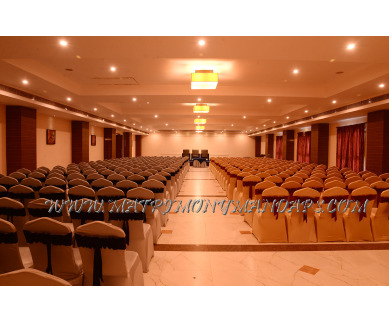 Find the availability of Poppys Hotel Thamarai Hall 1 (A/C)  in Mattuthavani, Madurai and avail the special offers