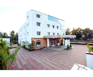 Find the availability of Nandanam Hotel Rohini Hills conference hall (A/C)  in Punalur, Kollam and avail the special offers