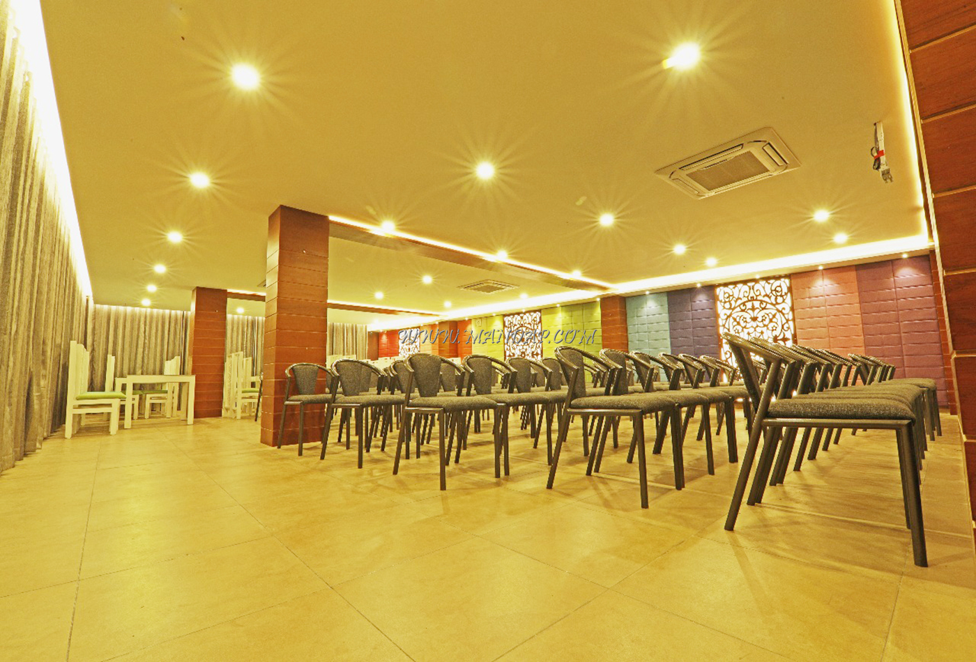 Find the availability of the Annies Kitchen (A/C) in Neyyattinkara, Trivandrum and avail special offers